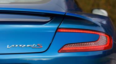 Aston Martin Vanquish S - taillight