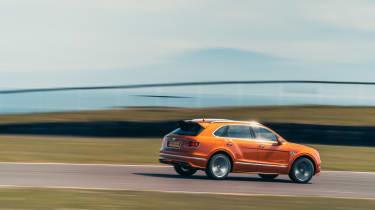 Bentley Bentayga Speed - side