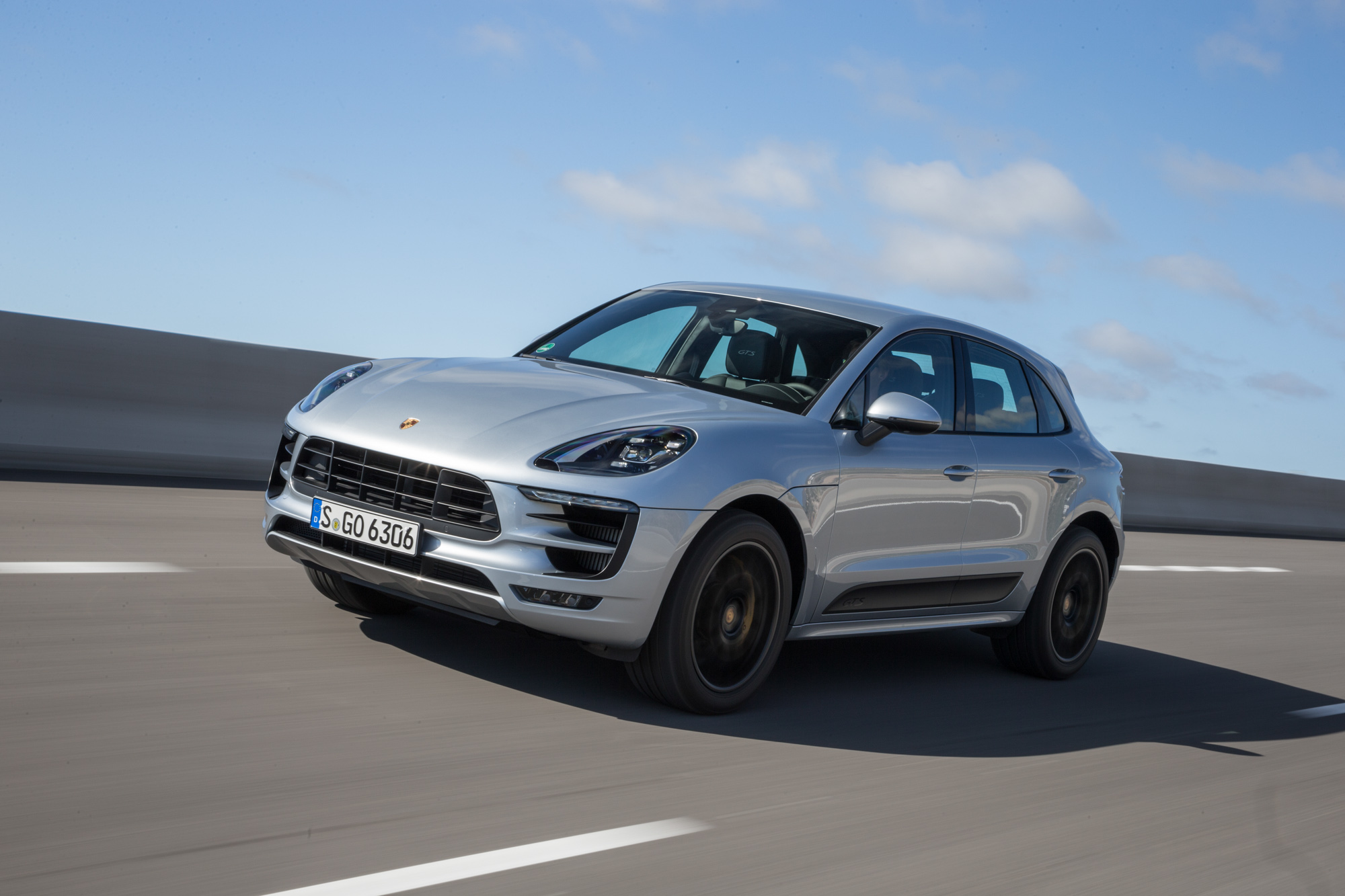 Porsche Macan GTS review - Physics defying fun | Evo