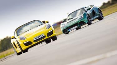 eCoty Porsche Boxster S vs Lotus Exige S video