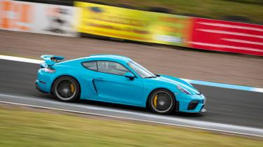 New Porsche Cayman GT4 2019