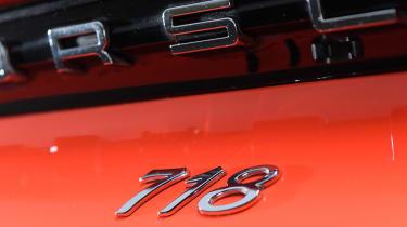 Porsche 718 Cayman - badge