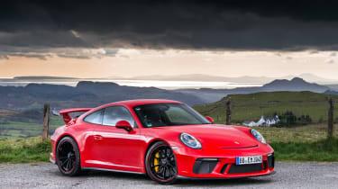 Porsche 911 GT3 - front three quarter