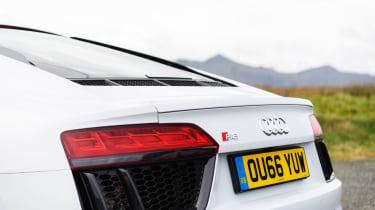 Audi R8 V10 - Rear