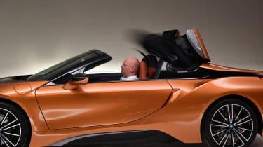 BMW i8 Roadster - roof