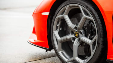 Lamborghini Huracán Evo Spyder – wheel