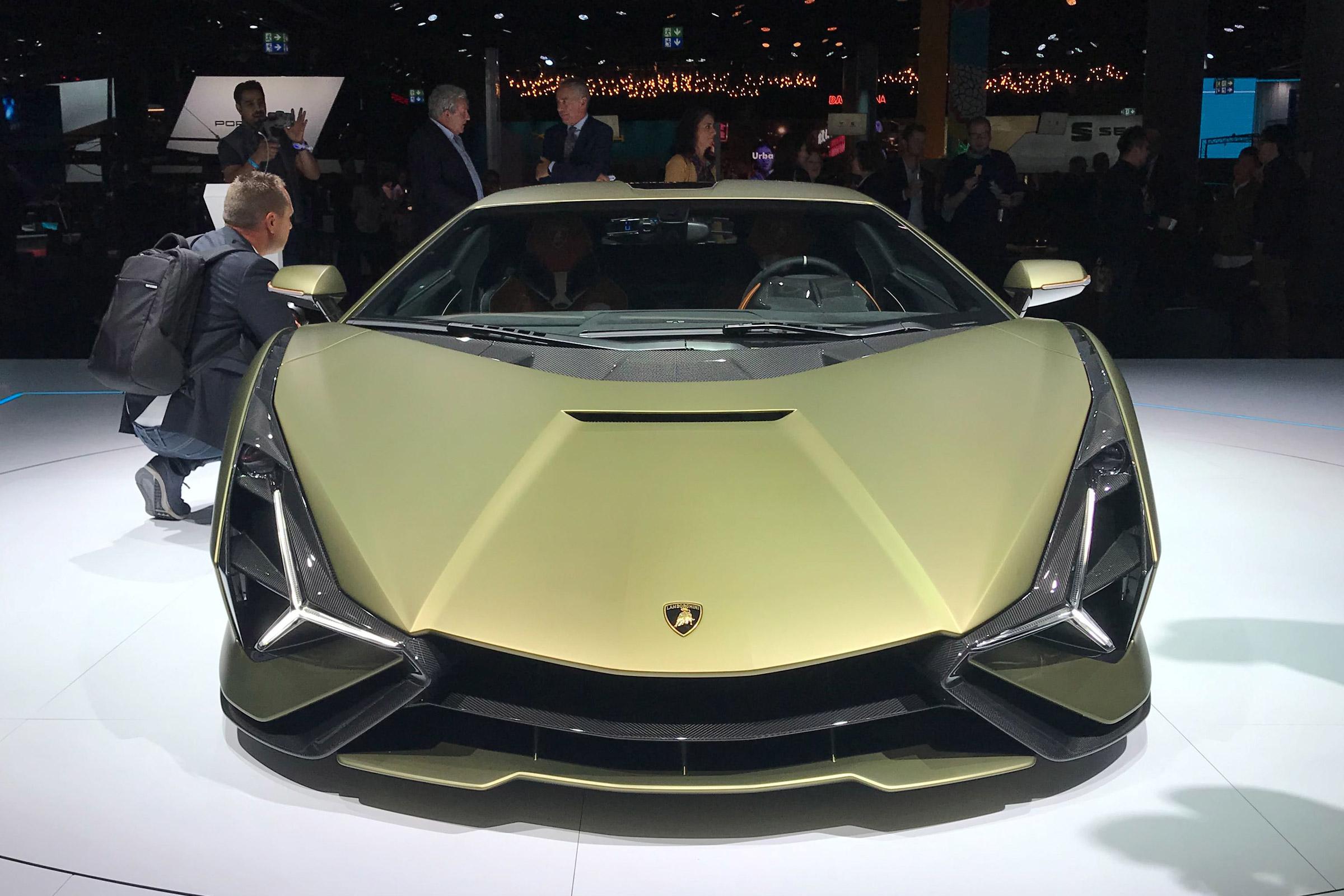 Alfa Romeo Giulia >> Lamborghini Sian revealed - pictures | Evo