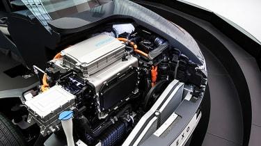Hydrogen cars – engine bay