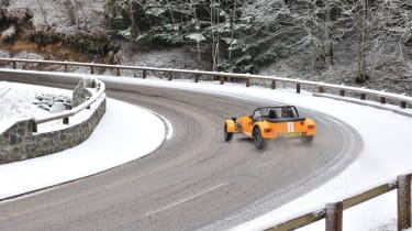 Caterham Supersport snow road trip