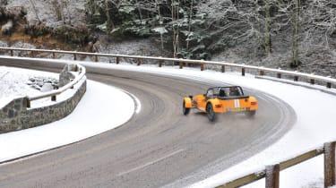 Caterham Supersport snow road trip