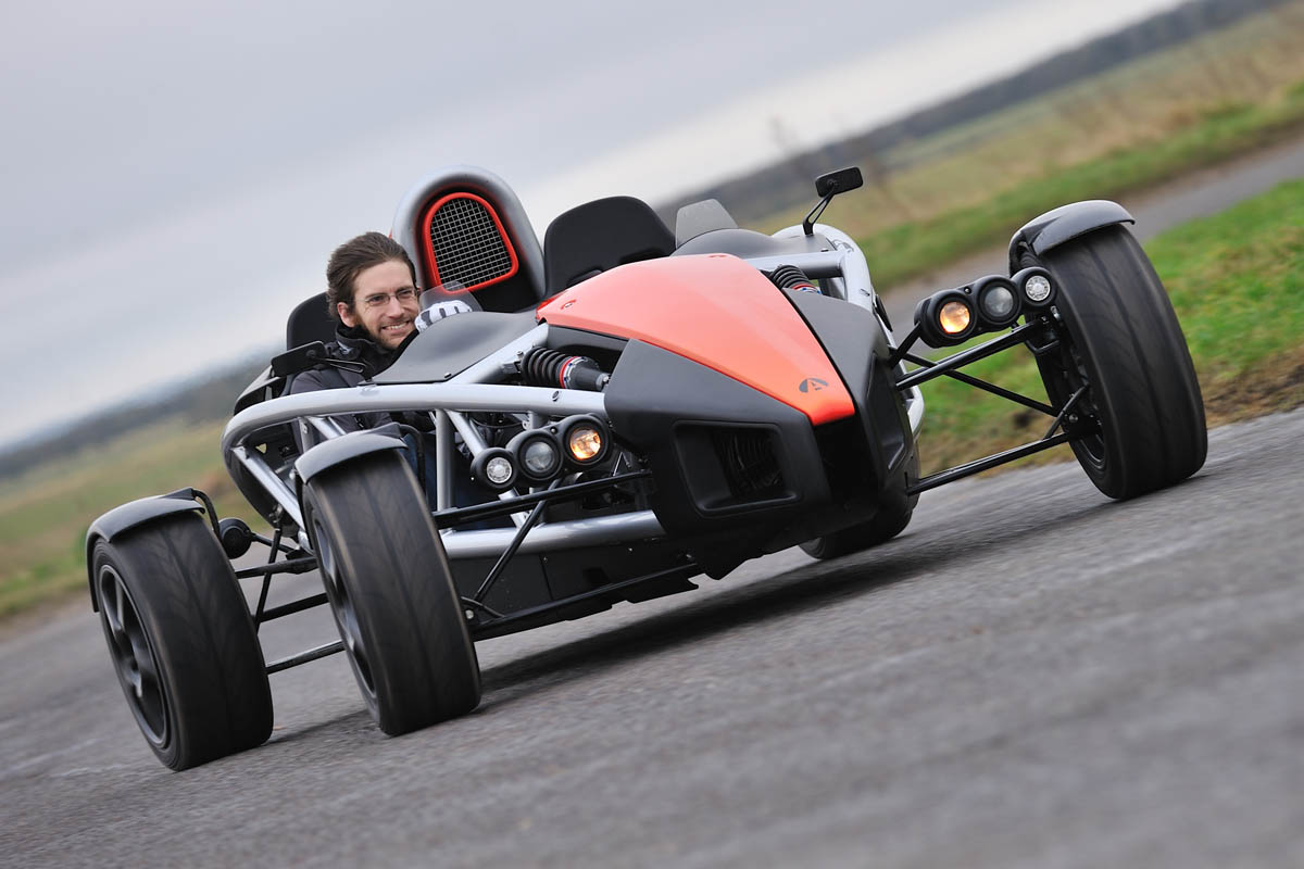 Ariel Atom 3.5 review, price, specs and video | Evo