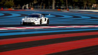 Porsche 911 RSR - front