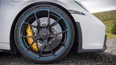 992 GT3 group test – 911 wheel