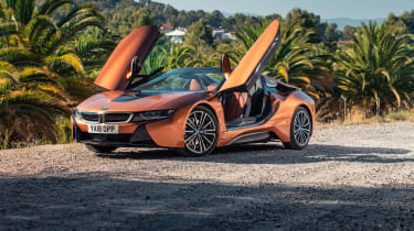 BMW i8 Roadster doors