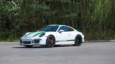 Porsche 911 R - front quarter