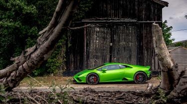 Lamborghini Huracán Evo RWD – side static
