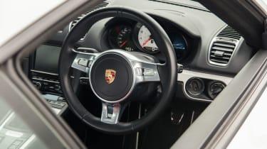 RPM Technik Porsche Cayman (981) CSR - steering wheel
