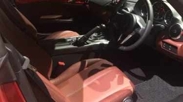 Mazda MX-5 Tokyo 2017 – Auburn interior