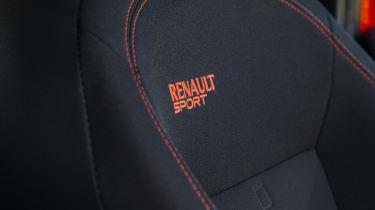 Renault Sport Twingo 133 – seat badge