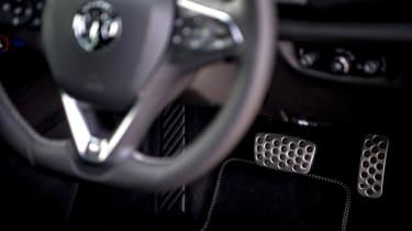 Vauxhall Insignia Grand Sport GSi BiTurbo – pedal box