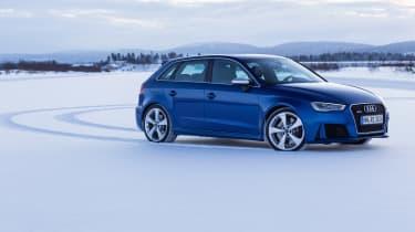 Audi RS3 - snow static