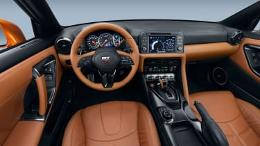 Nissan GT-R R35 2018 – interior