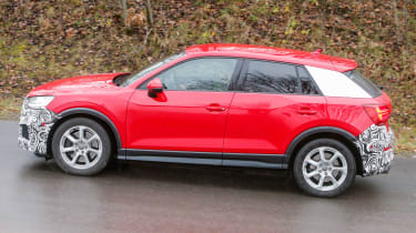 Audi SQ2 - Side