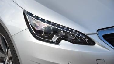 Peugeot 308 66 headlights