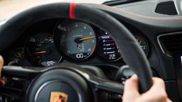 Porsche 911 GT2 RS - wheel