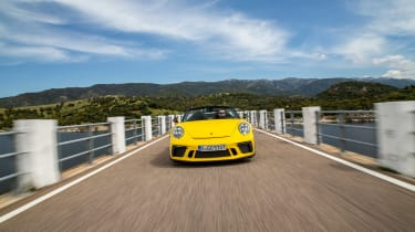 991.2 Porsche 911 Speedster - nose