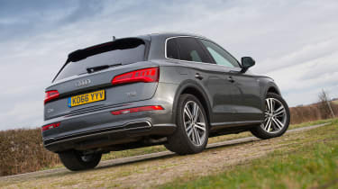 Audi Q5 - rear three quarter