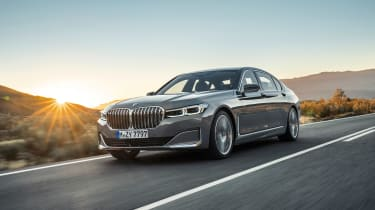 2019 BMW 7-series - front quarter