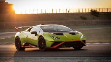 Lamborghini Huracan STO (International) – front
