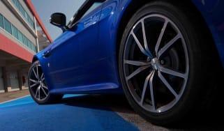 Aston Martin V8 Vantage S | evo