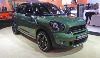 Mini Countryman facelift at New York show