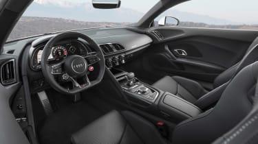 Audi R8 RWS - interior