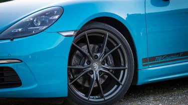 Porsche 718 Cayman T review - wheels