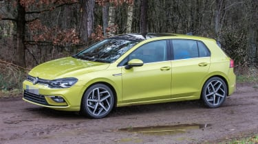 Volkswagen Golf 8 spy - front