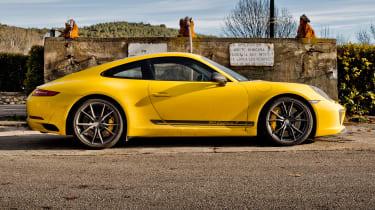 Porsche 911 Carrera T – side