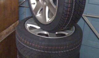BMW 330d Touring winter tyres