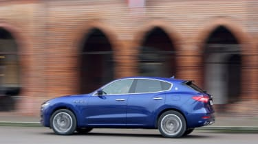 Maserati Levante - side profile