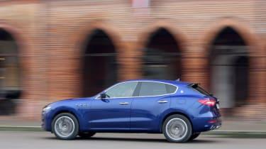 Maserati Levante - side profile
