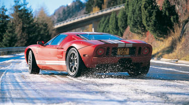 Ford GT Colorado Red - slide