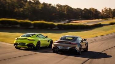 Aston Martin Vantage - pair tracking 4