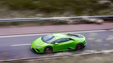 Lamborghini Huracán Evo RWD – high pan