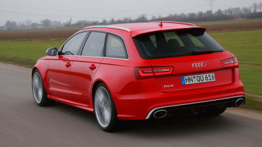 2013 Audi RS6 Avant red rear view