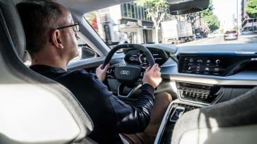 Audi e-tron GT - stu