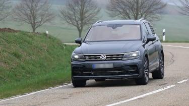 Volkswagen Tiguan R spy - front