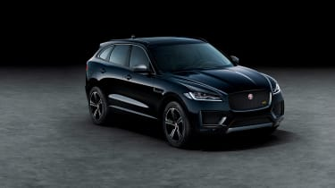 Jaguar F-Pace Chequered - front quayrer