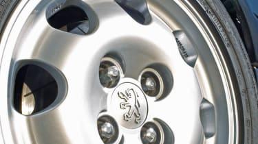 Pug1Off Peugeot 205 GTI 195 alloy wheel